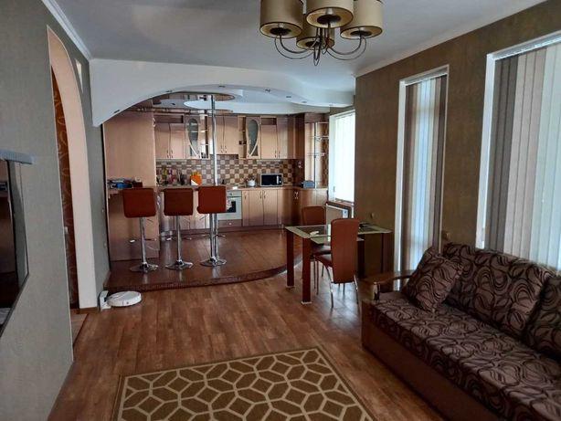 3 комнатная, с автономным отоплением, квартира в Центре. 2-в
