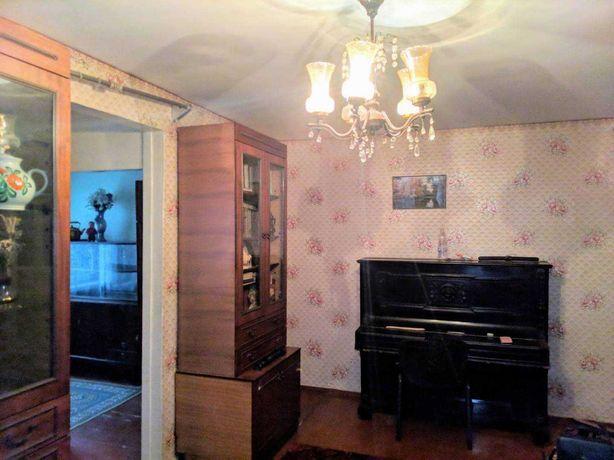 У продажу 3-кімнатна квартира на вулиці Новикова