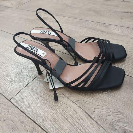 Szpilki sandały na obcasie czarne kwadratowy obcas