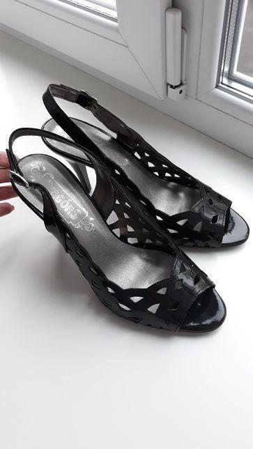 Босоножки босоніжки туфли 39 размер