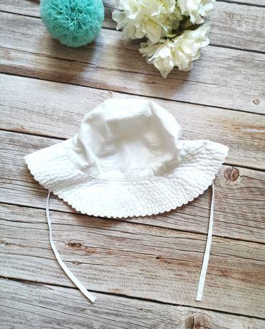 H&M r. 80 biały wiązany kapelusik