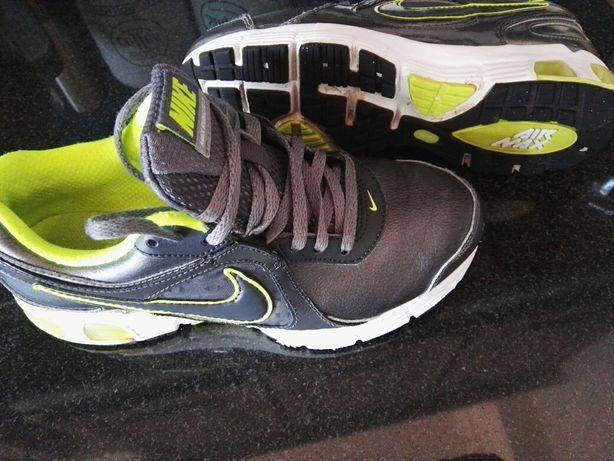 Ténis Nike Air Max 36,5