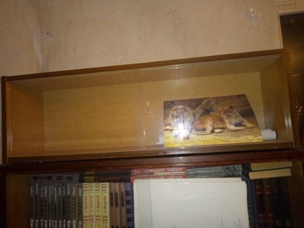 Книжные полочки. Самовывоз ясиноватая