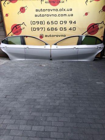Toyota Camry 70 Дверь передняя задняя Камри 70 Дверь камри серая