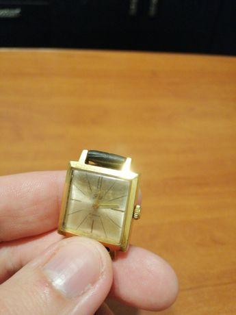 Годинник жіночий Заря, женские часы