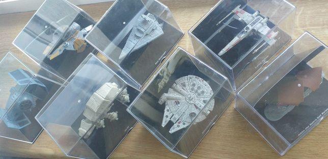 Sprzedam figurki star wars w opakowaniach.