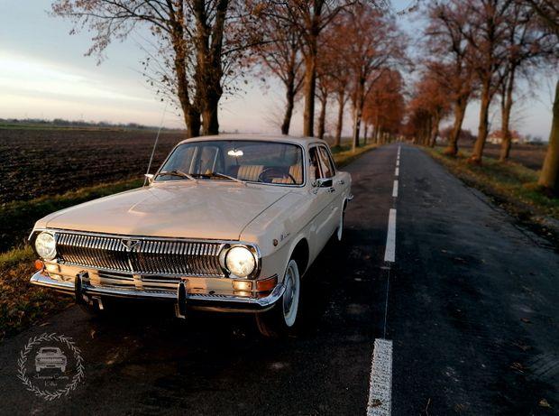 Klasykiem do ślubu Wołga GAZ 24 samochód klasyk auto na ślub wesele