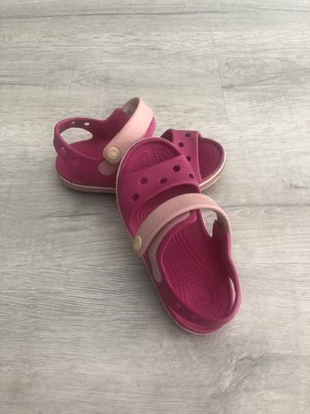 Босоножки Crocs c 10, на девочку