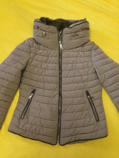 Zara осіння куртка