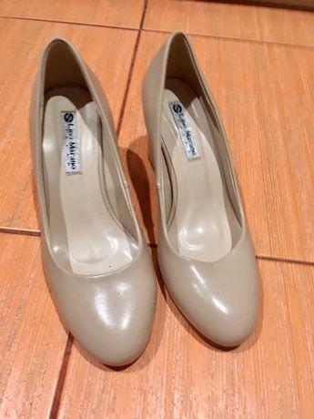 Туфли бежевые 37р