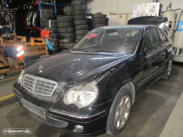 Carros MOT: 646963 (900€) CXVEL: 722699 AUTO MERCEDES / CLASSE C W203 / 09/2006 / C220CDI / 150CV /