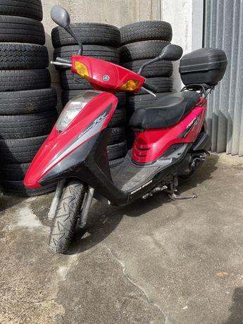 Yamaha cygnus 125.                                  Scooter 125
