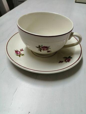 Conjunto de chávenas antigas