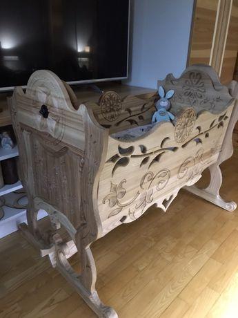 Kołyska góralska , drewniana, rzezbiona PRODUCENT