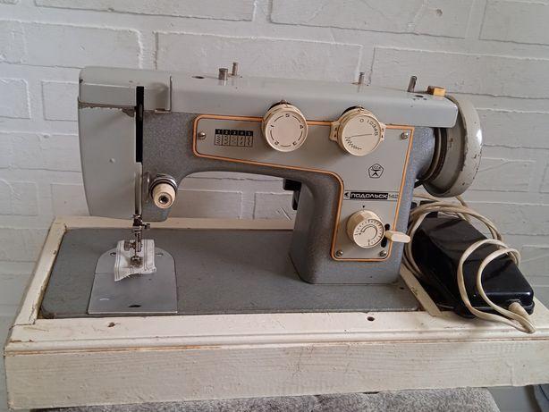 Швейная машина. Подольск 142