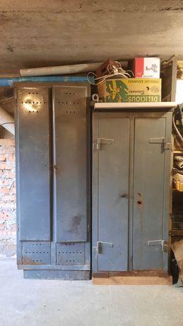 Металлический шкаф для одежды и инструмента
