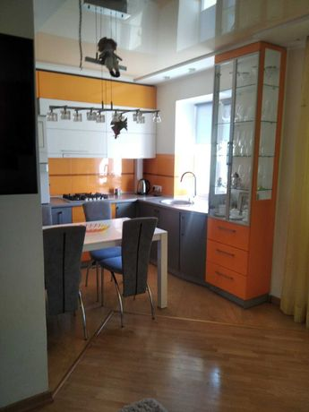Квартира 46 м.кв. Грушевського