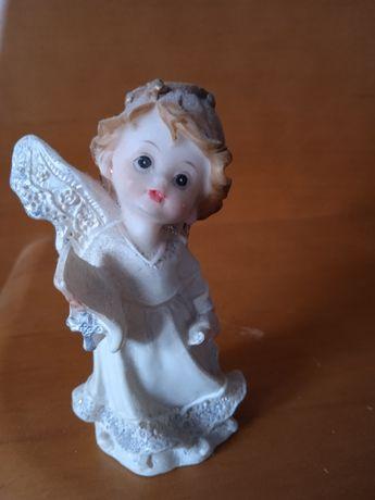 Figurka kolekcjonerska aniołek