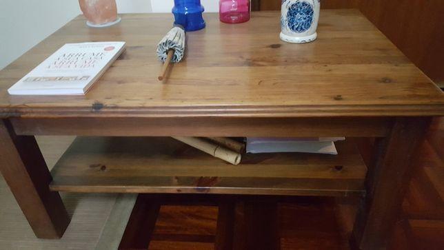 Mesa de apoio em madeira como nova