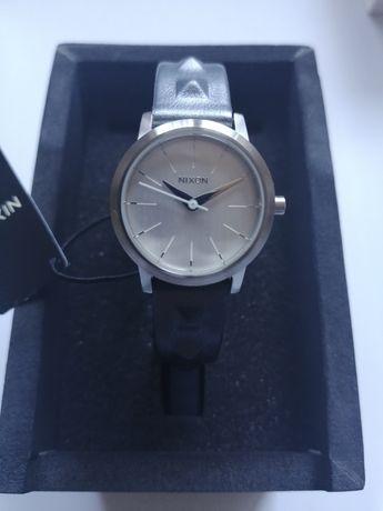 Часы женские Citizen Swatch