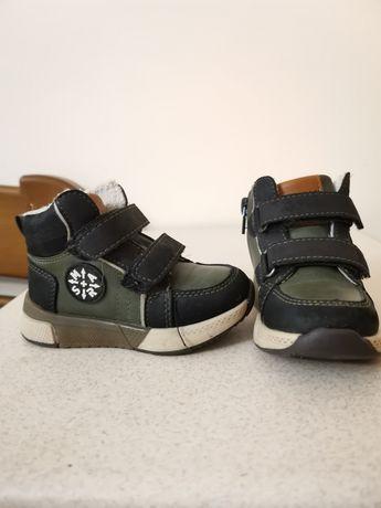 Продаю дитячі черевички American club для хлопчика