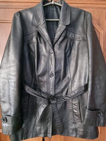 Демісезанна шкіряна куртка р.50-52