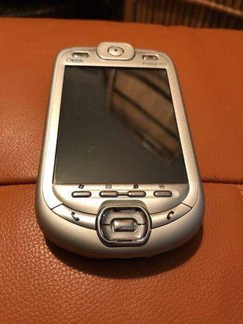Telemovel e computador de bolso Qtek 9020