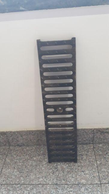 Grelha em ferro fundido