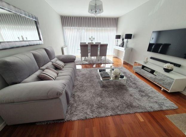 Magnifico sofá elétrico em veludo