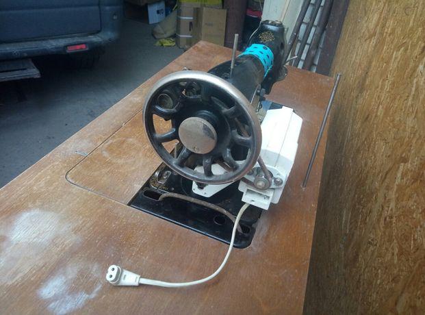 Машинка подольская электрическая