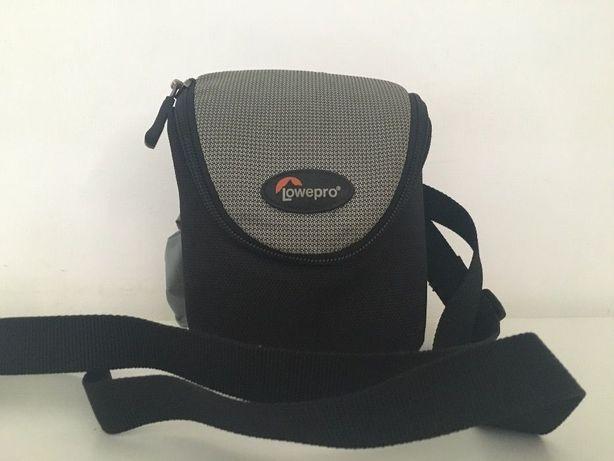 Bolsa Lowepro p/ câmara compacta