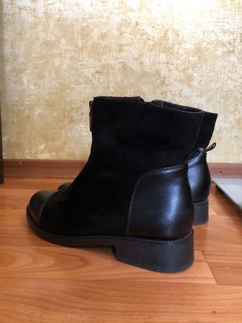 Ботинки женские 40 р