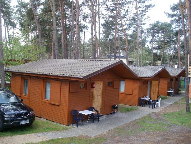 -100m od morza - Tanie domki 2-pokojowe z kuchniami i łazienkami.