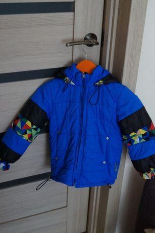 Демисезонная куртка на мальчика 92- 98