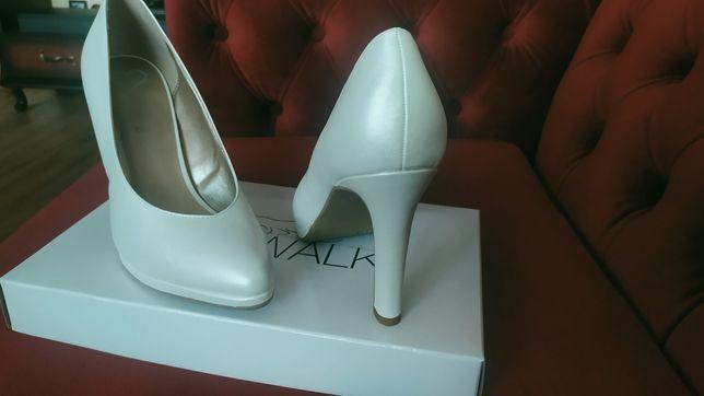 Buty białe (perłowe), rozmiar 39