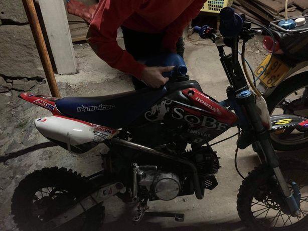 Pitbike 125 cc com muita forca