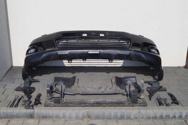 Toyota Hilux 2014 Zderzak Przedni Lift (spryskiwacze + halogeny)