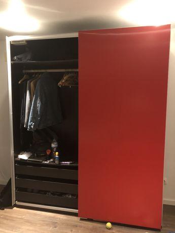 Roupeiro IKEA PAX com portas