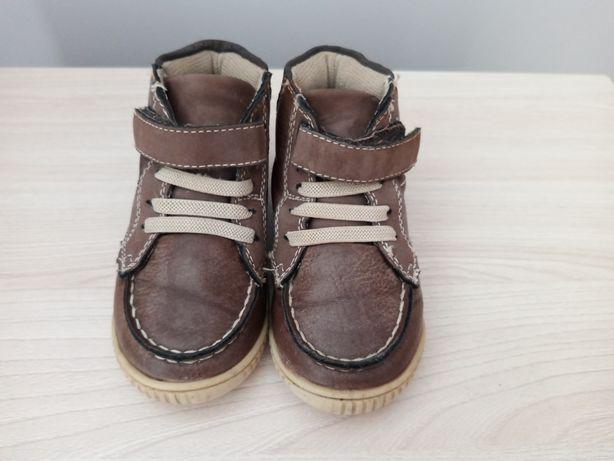 Дитячі осінні)весняні черевички, розмір 7
