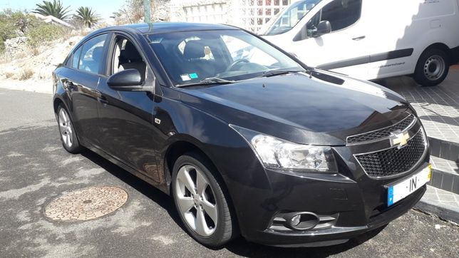 Chevrolet Cruze 1.6LS Gasolina; 123 000 km; 1 proprietario