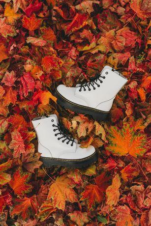 Женские осенние ботинки Dr.Martens Jadon White/Black мартинс кожаные