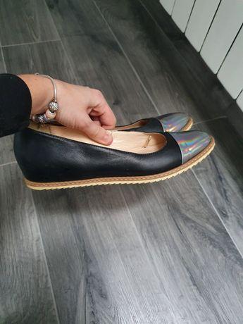 Skórzane buty damskie baleriny 37