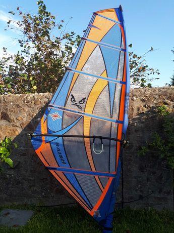 Vela de windsurf Naish 5.5 com saco