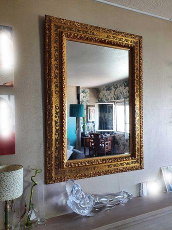 Espelho dourado pintado a mão