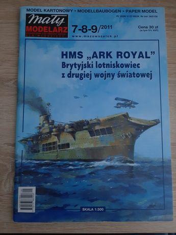 Mały modelarz lotniskowiec HMS ARK ROYAL