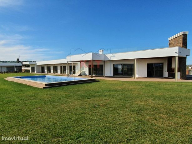 vila de luxo, com 6 belos quartos ,com piscina e Fantásti...