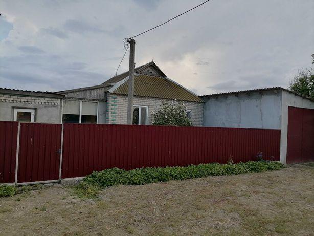 Приватизований будинок в селі Тарасівка Олешківського району