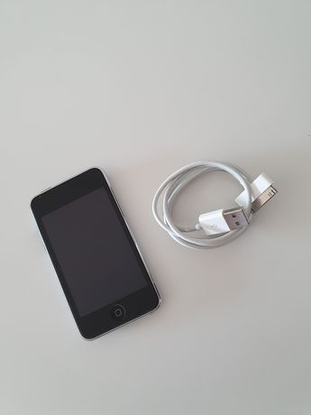 iPod Touch (8gb)