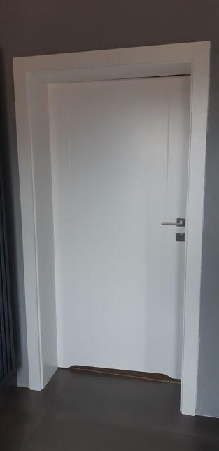 DRE Oscieznica drzwi lewych 90cm