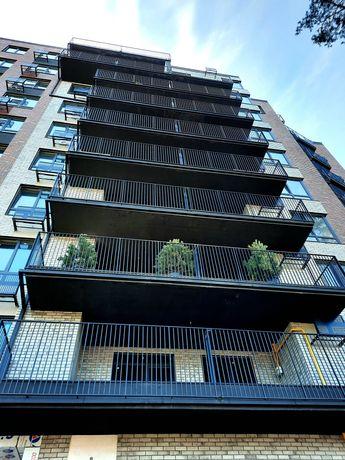 Продам 3 ком квартиру 90м2 с начал ремонтом Терраса Балкон Центр
